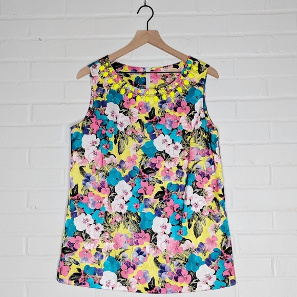Gibson Latimer Tops - Gibson Latimer Floral Jeweled Sleeveless Top Large